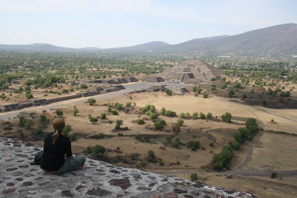 View from the Pyramid of the Sun to the Pyramid of the Moon